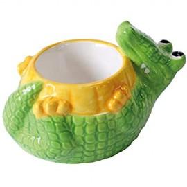 Tonwaren-Lebewesen-Krokodil-Eierbecher von Deluxebase. Nette keramische tierische geformte Eierbecher für Kinder und Erwachsene zu genießen.
