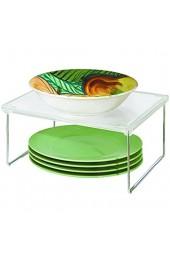 iDesign Küchenregal kleines Gewürzregal aus Kunststoff und Metall stapelbarer Küchen Organizer für Geschirr und Vorräte durchsichtig und silberfarben