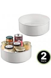 mDesign 2er-Set drehbare Ablage für Zubehör – stilvolle Ablagefläche für Gewürze und Backzutaten – runde Aufbewahrung aus BPA-freiem Kunststoff und Edelstahl – hellgrau