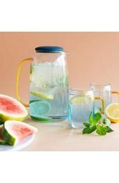 Navaris Wasserkaraffe 1 55 l mit Vier Gläsern - Karaffe aus Glas mit Silikondeckel für kalte und heiße Getränke - Glaskrug Set inkl. Vier Gläser